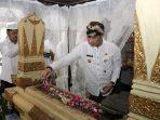 Kenang Jasa Bupati Terdahulu, H.M. Hartopo Berziarah saat HUT ke- 470 Kudus