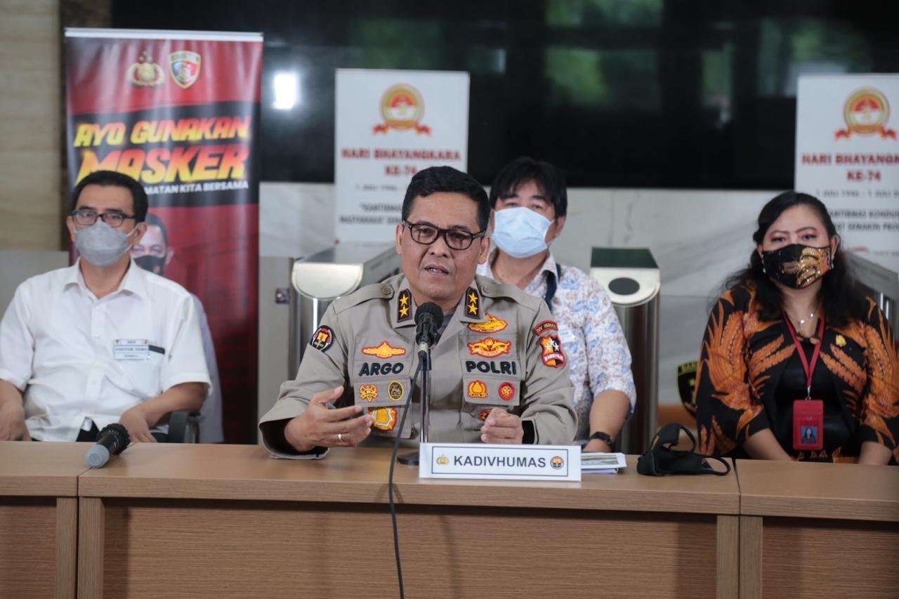 Kepala Divisi Hubungan Masyarakat Mabes Polri Irjen Argo Yuwono