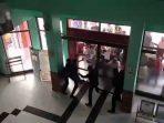 Jenazah Covid Yang Diambil Paksa Di Brebes, Akhirnya di Makamkan Sesuai Prokes Oleh Petugas