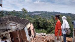 tanah longsor di Blok T RT 1 RW 5 Bukit Manyaran Permai, Kecamatan Gunungpati