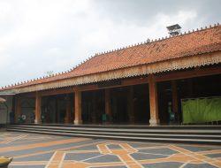 Masjid Wali Al Ma'mur Kudus, Masih Mempunyai Delapan Item Asli Peninggalan Arya Penangsang