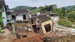 Bencana longsor di Bukit Manyaran Permai Blok T RT 1 RW 5, Kota Semarang