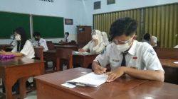 Sejumlah siswa SMP Negeri 5 Kabupaten Kudus