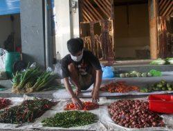 Pendapatan Pedagang Sayuran Berangsur Naik