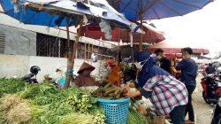 pedagang sayuran di Kawasan Pasar Peterongan Semarang tengah