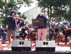 Mahasiswa UIN Walisongo Hibur Pasien Covid-19 dengan Musik Keroncong