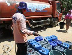 1.700 Tangki Air Didistribusikan kepada Warga Kekeringan